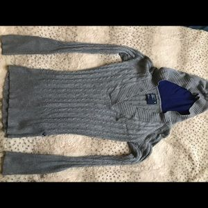 Stretchy sweater- American Eagle